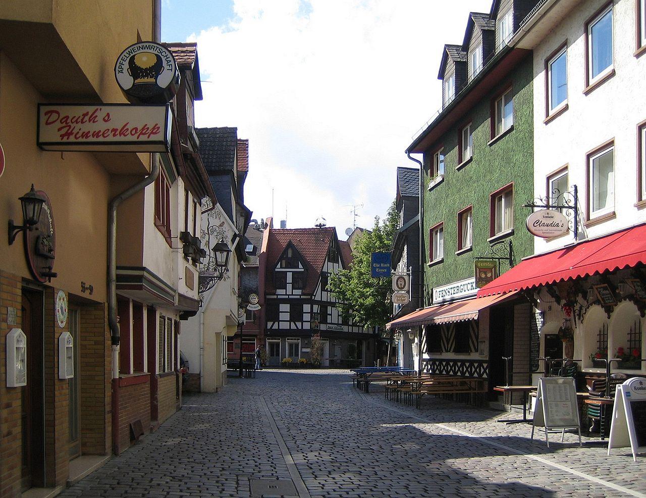 Frankfurt-sachsenhausen